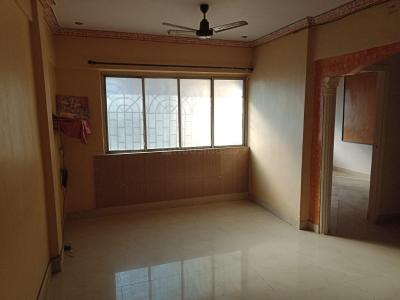 Gallery Cover Image of 1050 Sq.ft 2 BHK Apartment for rent in Kandivali West for 27000