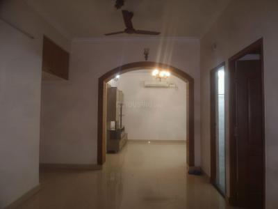 Gallery Cover Image of 1400 Sq.ft 3 BHK Apartment for rent in Adyar for 38000