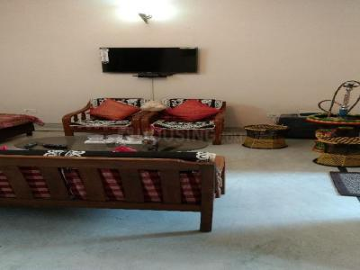 Gallery Cover Image of 1800 Sq.ft 3 BHK Independent Floor for rent in Sector 45 for 28000