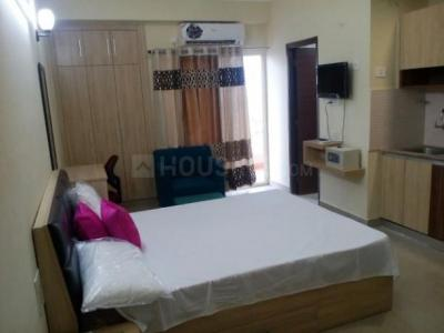 Gallery Cover Image of 455 Sq.ft 1 BHK Apartment for rent in Supertech Ecociti, Sector 137 for 10000
