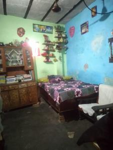 Gallery Cover Image of 150 Sq.ft 2 BHK Independent House for buy in Karawal Nagar for 2200000