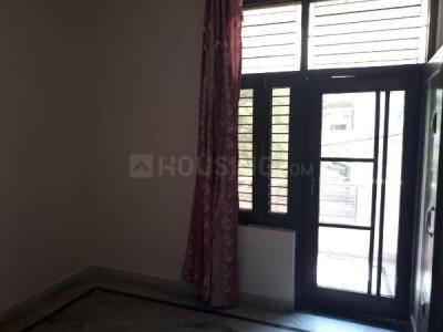 Gallery Cover Image of 950 Sq.ft 2 BHK Independent Floor for rent in Jhilmil Colony for 15000
