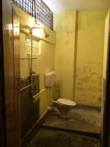Bathroom Image of PG 7560997 Sodepur in Sodepur