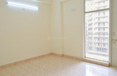 Gallery Cover Image of 1200 Sq.ft 2 BHK Apartment for rent in Sector 78 for 8000