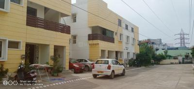 Gallery Cover Image of 2000 Sq.ft 3 BHK Apartment for rent in Velachery for 23000