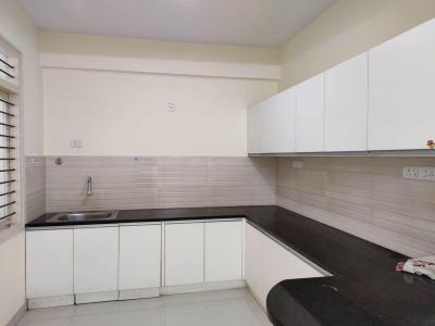Gallery Cover Image of 1200 Sq.ft 2 BHK Apartment for rent in Domlur Layout for 36000