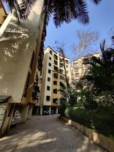 Gallery Cover Image of 1100 Sq.ft 2 BHK Apartment for rent in Florence, Dahisar West for 23500