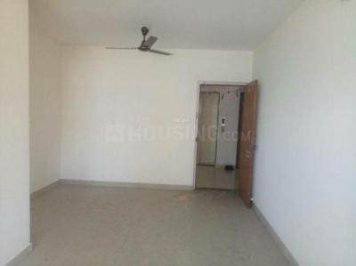 Gallery Cover Image of 610 Sq.ft 1 BHK Apartment for rent in Priyadarshini Society, Dadar West for 37000