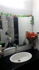Common Bathroom Image of Singh Boys PG in Viman Nagar