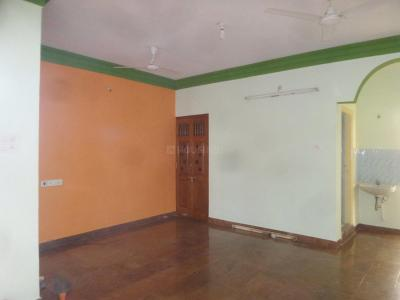 Gallery Cover Image of 1200 Sq.ft 3 BHK Independent Floor for rent in 5th Phase for 16000