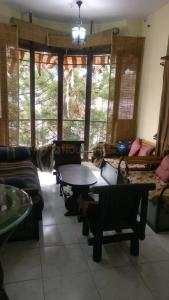 Gallery Cover Image of 950 Sq.ft 2 BHK Apartment for rent in Benson Town for 25000