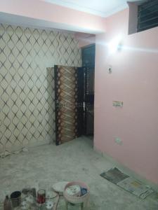 Gallery Cover Image of 250 Sq.ft 1 RK Independent Floor for buy in Uttam Nagar for 550000