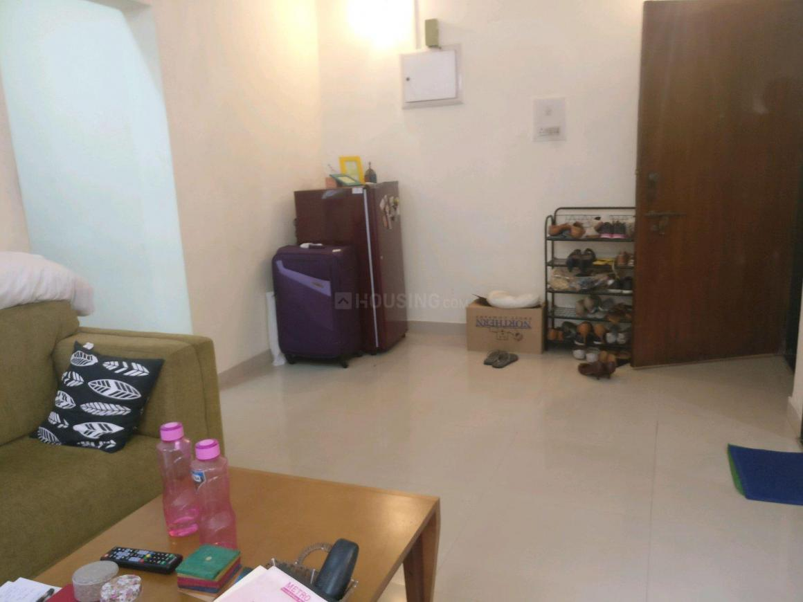 Living Room Image of 950 Sq.ft 1 BHK Apartment for rent in Bandra West for 60000