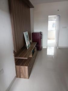 Gallery Cover Image of 700 Sq.ft 1 BHK Apartment for rent in RT Nager for 18000