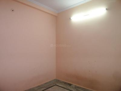 Gallery Cover Image of 290 Sq.ft 1 RK Apartment for buy in Patparganj for 1200000