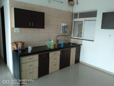Gallery Cover Image of 1098 Sq.ft 2 BHK Apartment for rent in Kolte Patil Life Republic R4, Hinjewadi for 18000