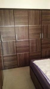Gallery Cover Image of 620 Sq.ft 1 BHK Apartment for rent in Malad West for 23000