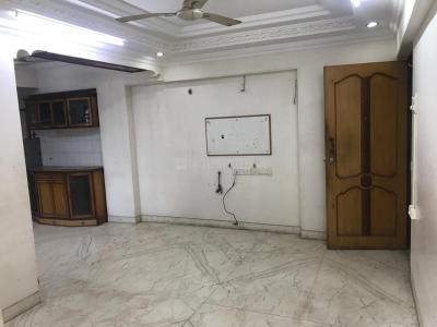 Gallery Cover Image of 715 Sq.ft 2 BHK Apartment for rent in Vile Parle West for 60000