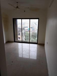 Gallery Cover Image of 1400 Sq.ft 3 BHK Apartment for rent in Kandivali West for 45000