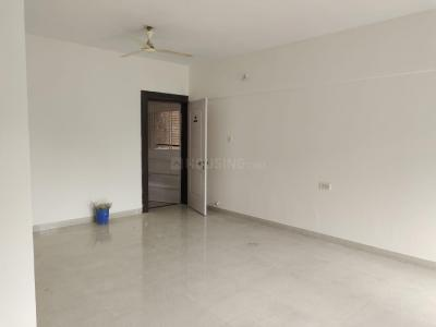 Gallery Cover Image of 1600 Sq.ft 3 BHK Apartment for rent in Magarpatta Roystonea, Magarpatta City for 25100