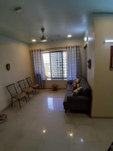 Gallery Cover Image of 1100 Sq.ft 2 BHK Apartment for buy in Govandi for 30000000