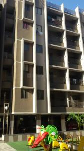 Gallery Cover Image of 1053 Sq.ft 2 BHK Apartment for buy in Bopal for 3400001