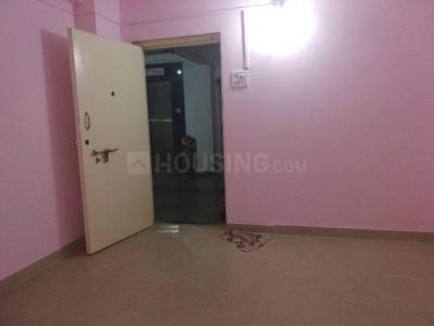 Gallery Cover Image of 450 Sq.ft 1 BHK Apartment for rent in Kandivali West for 14500