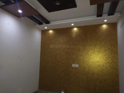 Gallery Cover Image of 630 Sq.ft 2 BHK Independent Floor for rent in Uttam Nagar for 11000