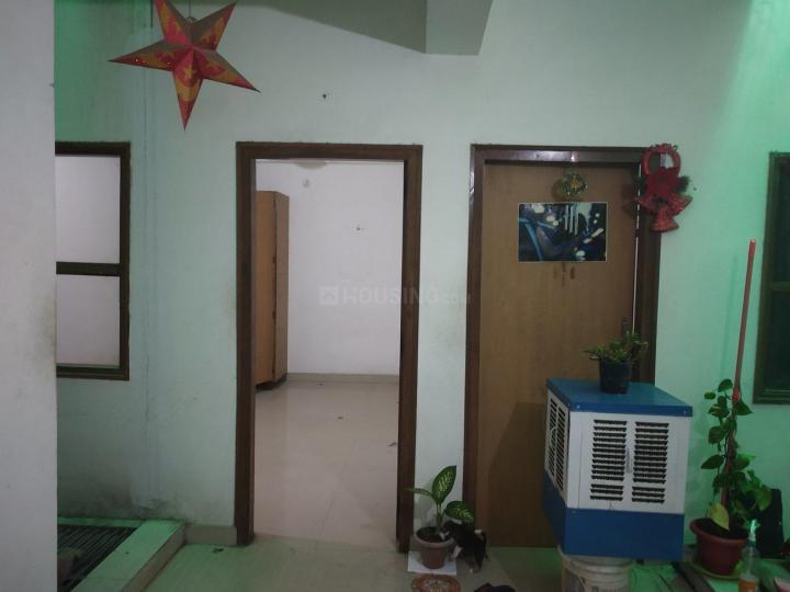 महिपालपुर में बॉइज़ एंड गर्ल्स पीजी में लिविंग रूम की तस्वीर