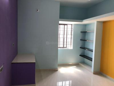 Gallery Cover Image of 960 Sq.ft 1 BHK Independent House for rent in Porur for 9000