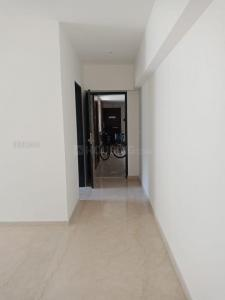 Gallery Cover Image of 900 Sq.ft 3 BHK Apartment for rent in Lodha Splendora, Thane West for 21000