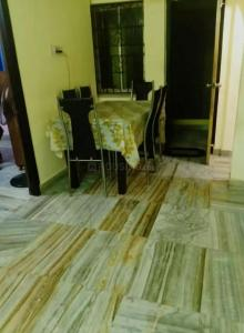 Gallery Cover Image of 1056 Sq.ft 2 BHK Apartment for rent in Airport for 18000