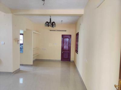 Gallery Cover Image of 750 Sq.ft 1 BHK Independent Floor for rent in Sembakkam for 7500
