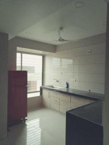 Gallery Cover Image of 1860 Sq.ft 3 BHK Apartment for rent in Arise Western, Sola Village for 16000
