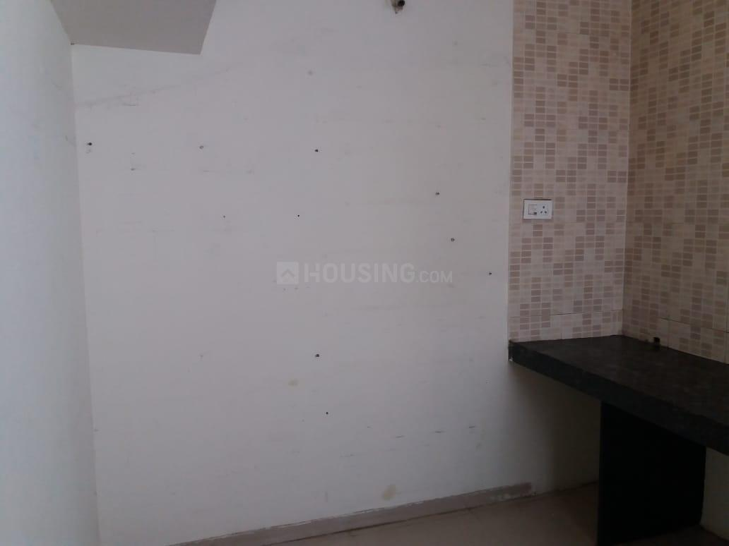 Kitchen Image of 620 Sq.ft 1 BHK Apartment for rent in Wagholi for 8500