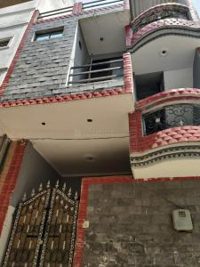 Gallery Cover Image of 675 Sq.ft 1 BHK Independent Floor for rent in Sector 21D for 8500
