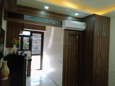 Gallery Cover Image of 300 Sq.ft 1 RK Apartment for buy in Central Park Central Park Belgravia Resort Residences 2, Sector 48 for 850000