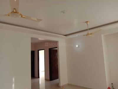 Gallery Cover Image of 2100 Sq.ft 3 BHK Apartment for rent in Jakhan for 24000