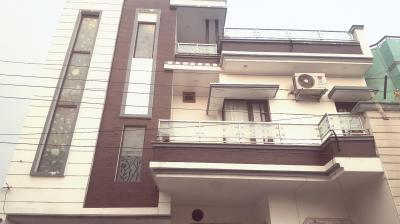 Gallery Cover Image of 1200 Sq.ft 5 BHK Independent House for buy in Vishnu Nagar for 7000000