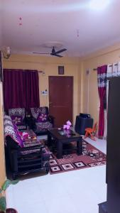Gallery Cover Image of 1100 Sq.ft 2 BHK Apartment for rent in Radiant Lake View, Medahalli for 16000