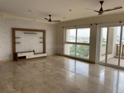 Gallery Cover Image of 2400 Sq.ft 4 BHK Apartment for rent in Bannerughatta for 65000