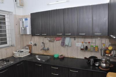 Gallery Cover Image of 965 Sq.ft 2 BHK Apartment for buy in Thiruvanmiyur for 12500000