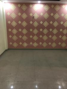 Gallery Cover Image of 880 Sq.ft 2 BHK Independent Floor for buy in Sector 128 for 2800000
