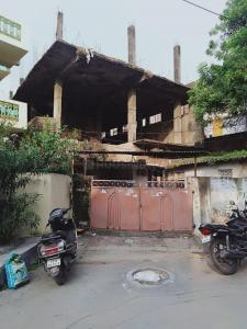 Gallery Cover Image of 2421 Sq.ft 4 BHK Independent House for buy in Borabanda for 15000000