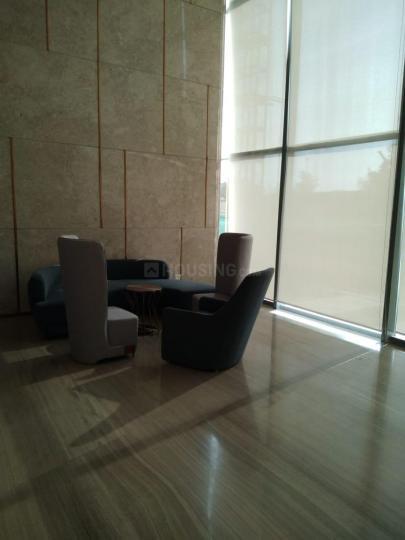 सुपरटेक सुपरनोवा, सेक्टर 94  में 3  खरीदें  के लिए 94 Sq.ft 3 BHK अपार्टमेंट के हॉल  की तस्वीर