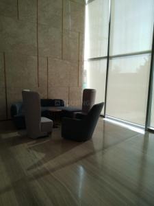 Gallery Cover Image of 2105 Sq.ft 3 BHK Apartment for buy in Supertech Supernova, Sector 94 for 19000000