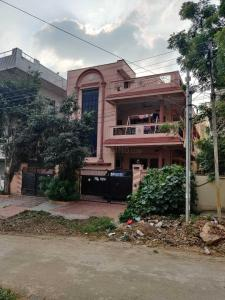 Gallery Cover Image of 2592 Sq.ft 3 BHK Independent House for buy in Miyapur for 34000000