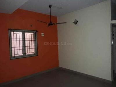 Gallery Cover Image of 1500 Sq.ft 3 BHK Independent Floor for rent in Madipakkam for 16000