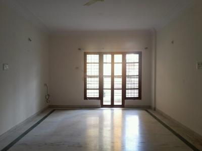 Gallery Cover Image of 1200 Sq.ft 2 BHK Apartment for rent in Jayanagar for 28000