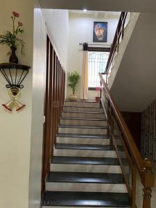 Gallery Cover Image of 4250 Sq.ft 4 BHK Villa for buy in Radha Dews Ville, Manchirevula for 90000000